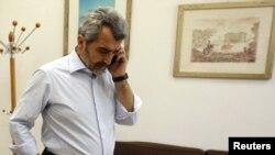 آگوستینو میتسو، مسئول گروه حقیقتیاب اتحادیه اروپا که روز یکشنبه عازم لیبی شد