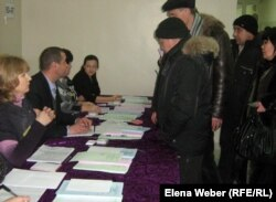 Қазақстандағы парламент сайлауынан көрініс. Теміртау, 15 қаңтар 2012 жыл.
