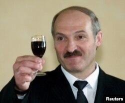 Аляксандар Лукашэнка, здымак 2001 году