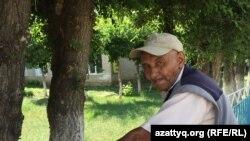 Житель села Жабасак Актюбинской области Турган Байдусеков. 8 августа 2016 года.