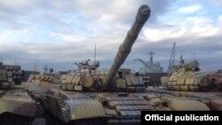 Suriyaya gedən rus tankları