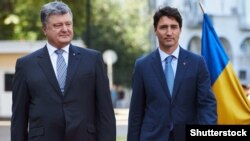 Петро Порошенко і прем'єр-міністр Канади Джастін Трюдо (архівне фото)