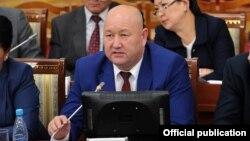 Вице-премьер-министр Жениш Разаков.