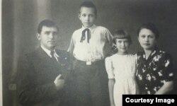 Семья Рамуте Скучайте до депортации в Сибирь