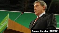 «Yabloko» partiyasının lideri Grigory Yavlinsky