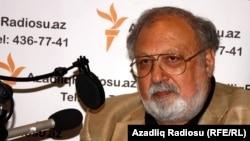Единый кандидат от Национального совета демократических сил в президенты Азербайджана Рустам Ибрагимбеков