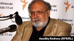 R.İbrahimbəyov