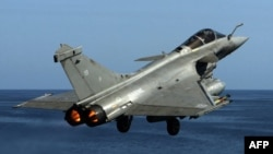 طائرة فرنسية مقاتلة من نوع رافال