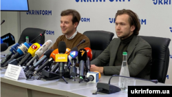 Ukraine - Anton Radniankou and Ivan Kraucou at a press conference in Kyiv, 8Sep2020