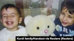 Aylan Kurdi dhe vëllau i tij