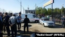 Полиция оцепила вход на Хованское кладбище Москвы. 14 мая 2016 года.