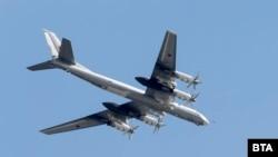 Руският стратегически бомбардировач Ту-95