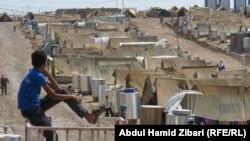 سازمان ملل متحد شمار آوارگان سوری که تاکنون به چهار کشور همسايه سوريه گريختهاند را ۲۹۴ هزار نفر برآورد کرده است.