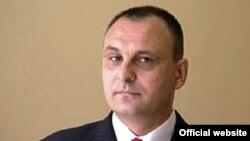 Ministri i Administrimit të Pushtetit Lokal në Kosovë, Sllobodan Petroviq.