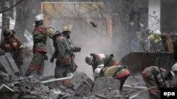 Взрыв в подвале казармы, где была дислоцирована четвертая рота батальона «Восток»