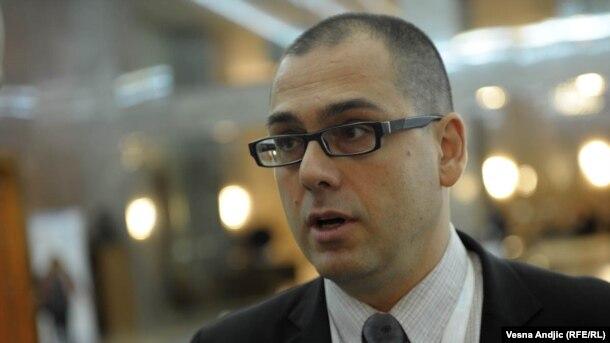 Dodik je marginalac u Srbiji: Aleksandar Radić
