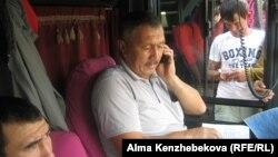 Алматы-Шымкент рейсі автобусының жүргізушісі Есім Шүренбай. Алматы. 27 тамыз, 2015 жыл.