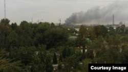 Өзбекстан -- Навои шаарындагы заводдон чыккан өрт. 2-сентябрь, 2015.