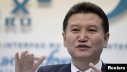 In 2010, Kirsan Ilyumzhinov claimed he was once abducted by aliens and that chess was brought to Earth by extraterrestrials.