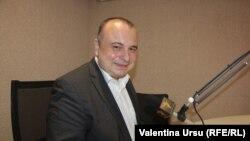 Prof. univ. Radu Carp