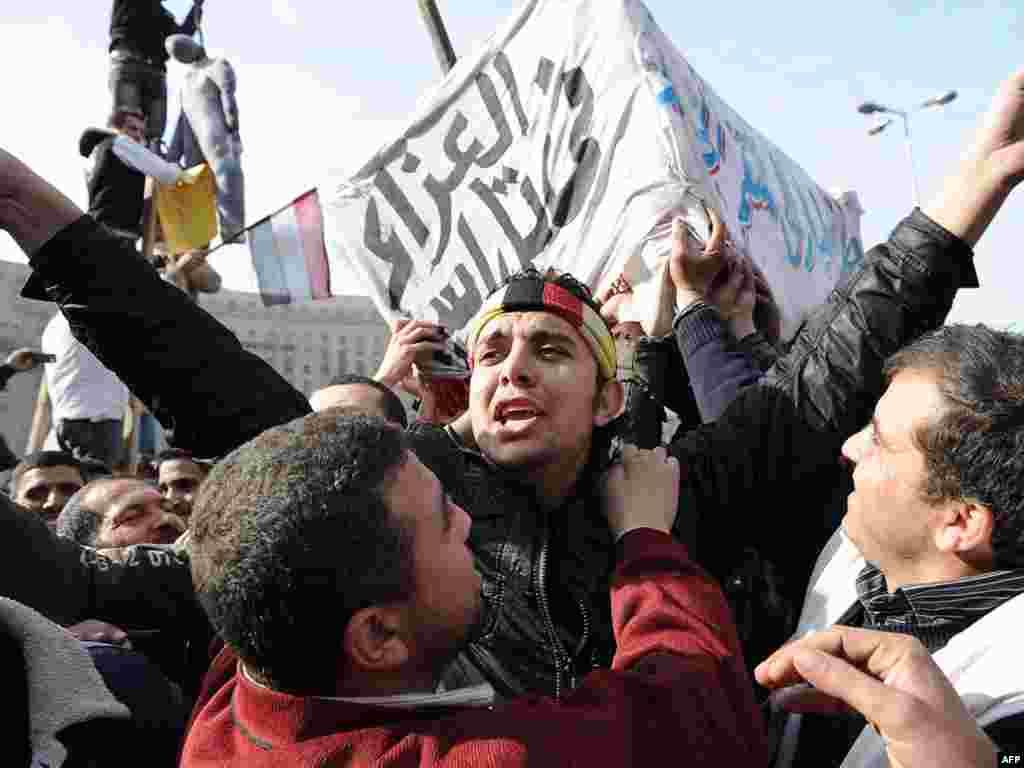 Veliki protestni ¨milionski marš ¨, Kairo, 01.02.2011. Foto: AFP / Miguel Medina