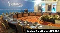 Ղազախստան - Աստանայի Rixos հյուրանոցի այն սրահը, որտեղ անցկացվելու են բանակցությունները, 23-ը հունվարի, 2017թ.