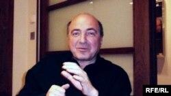 Сам Борис Абрамович от кризиса только выиграл