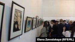 В экспозиции 53 работы из фонда Национальной картинной галереи Абхазии