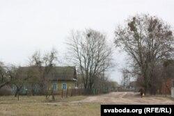 Старая вуліца 500-гадовай вёскі Аброва