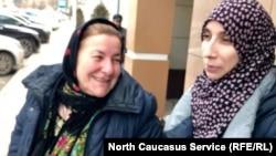 Загидат Абакарова с мамой (архивное фото)