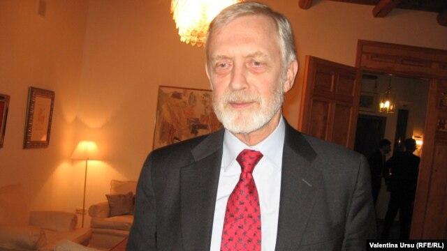William Hill în decembrie 2010 la Chişinău
