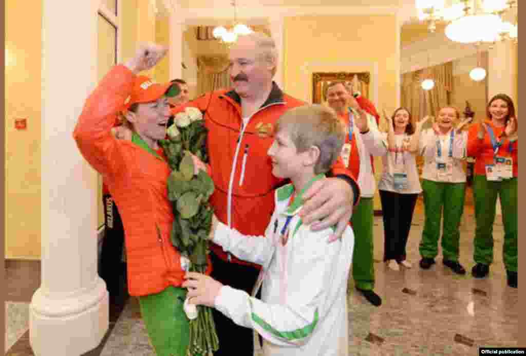 Belarus - Mikalay Lukashenko Olimpiya çempionu ilə