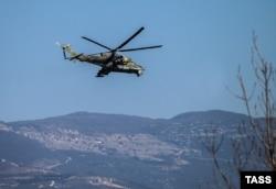Российский Ми-24 в Сирии вблизи базы Хмеймим