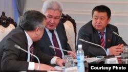 Өмүрбек Текебаев, Феликс Кулов, Чыныбай Турсунбеков