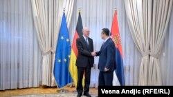 Vršilac dužnosti premijera Srbije Ivica Dačića sa predsednikom Bundestaga Norbertom Lamertom 14. juna 2017 u Beogradu