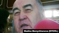 Президентшіл «Қазақстан халықтық коммунистік партиясынан» сайланған мәжіліс депутат Владислав Косарев.