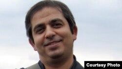 سراج الدین میردامادی، روزنامه نگار و فعال اصلاح طلب