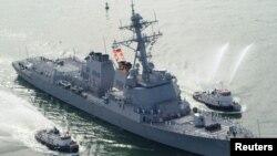 """Американский эсминец """"Мэйсон"""", ранее атакованный хуситами"""