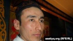 Ақтөбе облысы Темір ауданының бас имамы болған Қанат Мырзабеков. Ақтөбе, 21 ақпан 2012 жыл.