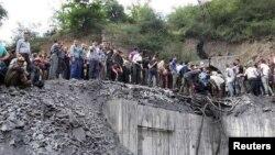 Иранның Гүлістан провинциясындағы жарылыс болған шахта алды. 3 мамыр 2017 жыл