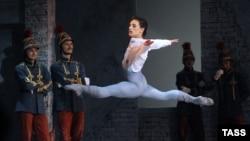 """Сергей Полунин в роли Франца в балете Лео Делиба """"Коппелия"""""""