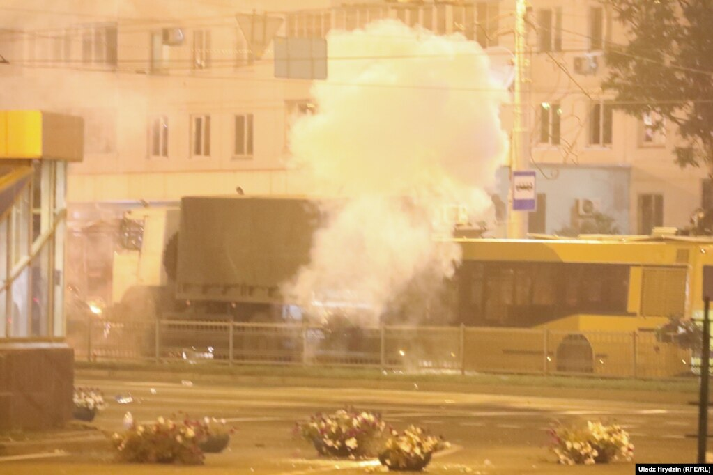 Сьвятлошумавыя гранаты на Прытыцкага