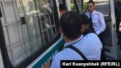 پولیس قزاقستان