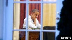 باراک اوباما، رییس جمهوری آمریکا، تهدید کرده بود که هر گونه تحریم جدید علیه ایران از سوی کنگره را وتو خواهد کرد.