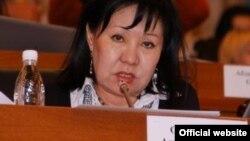 Европарламент жыйынына катышып жаткан кыргыз делегациясын вице-спикер Асия Сасыкбаева жетектейт.