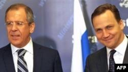 Ministar vanjskih poslova Poljske Radoslaw Sikorski i ruski ministar vanjskih poslova Sergei Lavrov.