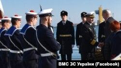 Командующего ВМС ВС Украины адмирала Игоря Воронченко наградили орденом Франции