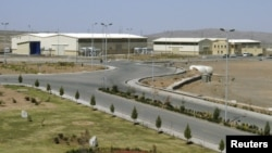 Iran's Natanz uranium-enrichment facility south of Tehran (file photo)