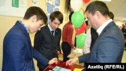 Казанның 2нче лицей-интернатында проектлар ярминкәсе, 2015 елның декабре