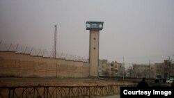 У тюрьмы в Иране. Иллюстративное фото.